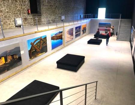 Montaje de la exposición Fira de la Sal en Ibiza